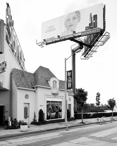 8600 SUNSET BLVD, WEST HOLLYWOOD • HABS