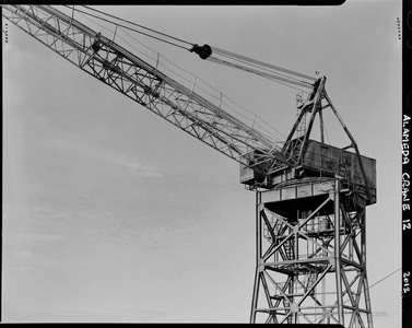 United Shipyard Crane Oblique