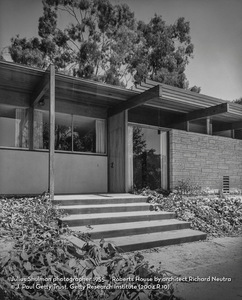 SHULMAN FRONT ENTRY OF ROBERTS RESIDENCE