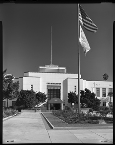 SANTA MONICA CITY HALL • HALS-Like